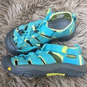 Keen summer waterproof sandals - size 1